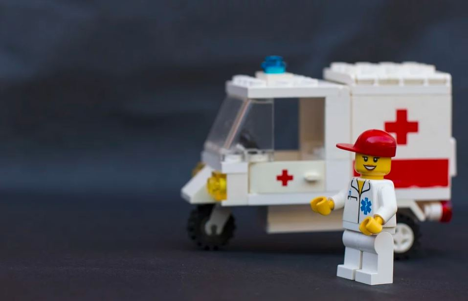Lego ambulance pour les premiers secours au travail